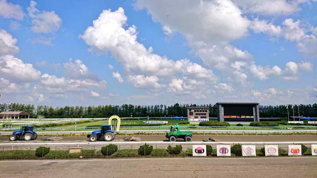 金沢競馬場のコース